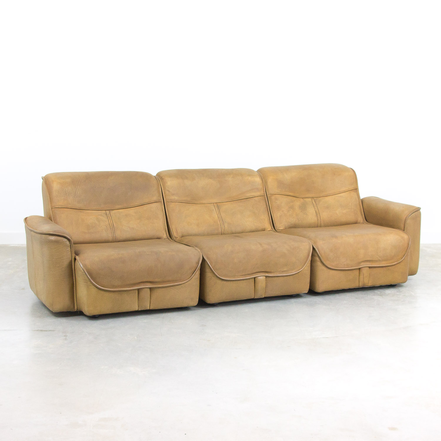 Modular 3-seater buffalo leather sofa