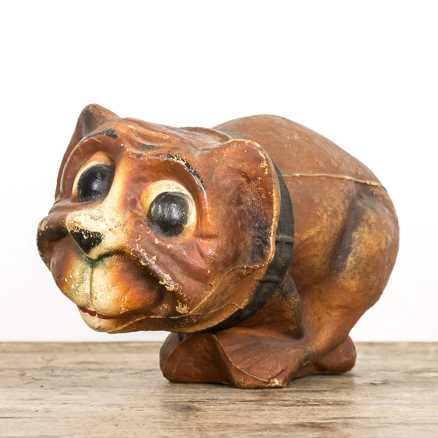 Tobacco jar dog