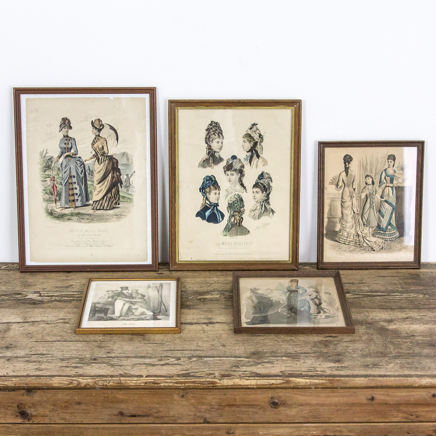 Set of 5 French fashion prints