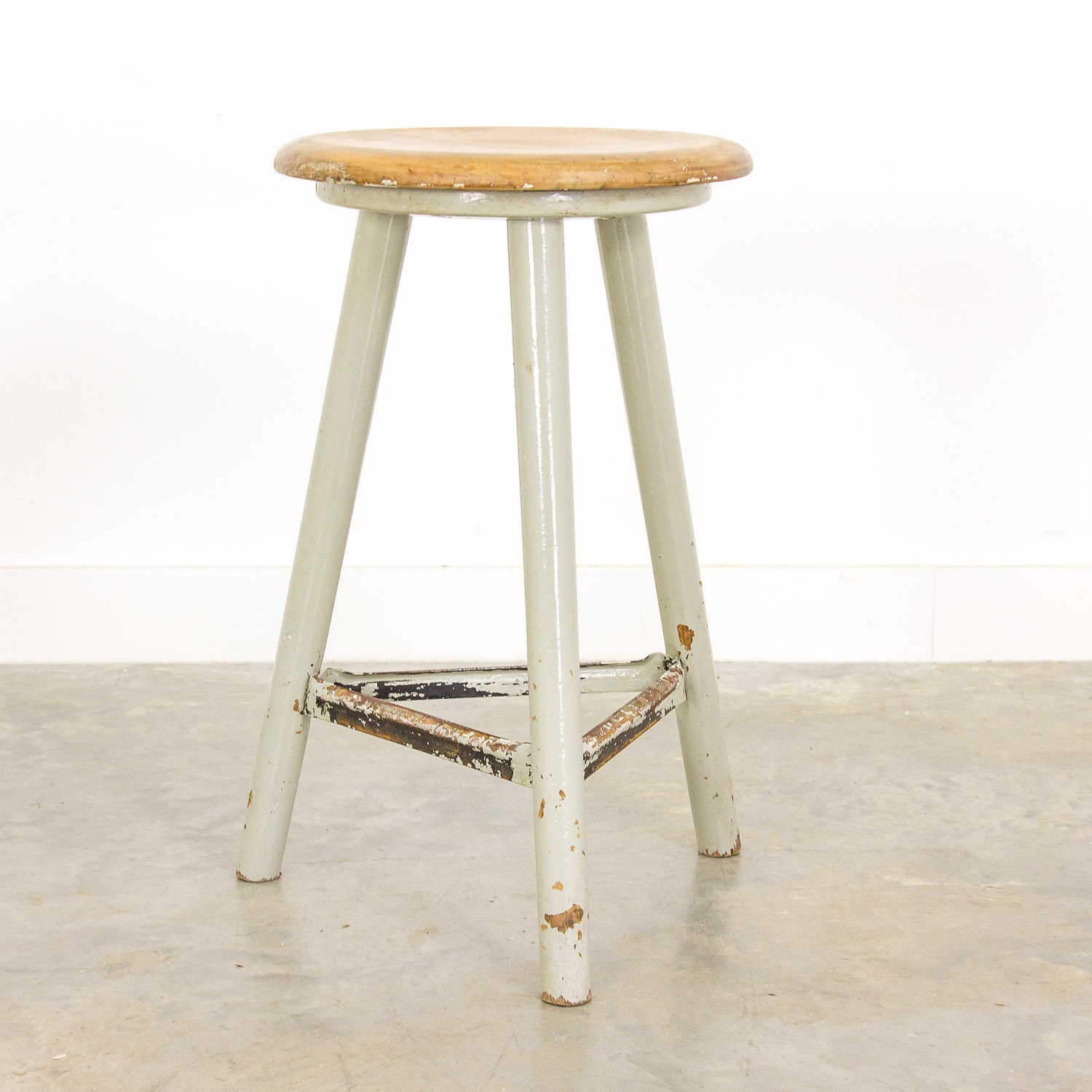 Vintage grey workshop stool by Ama-Schemel