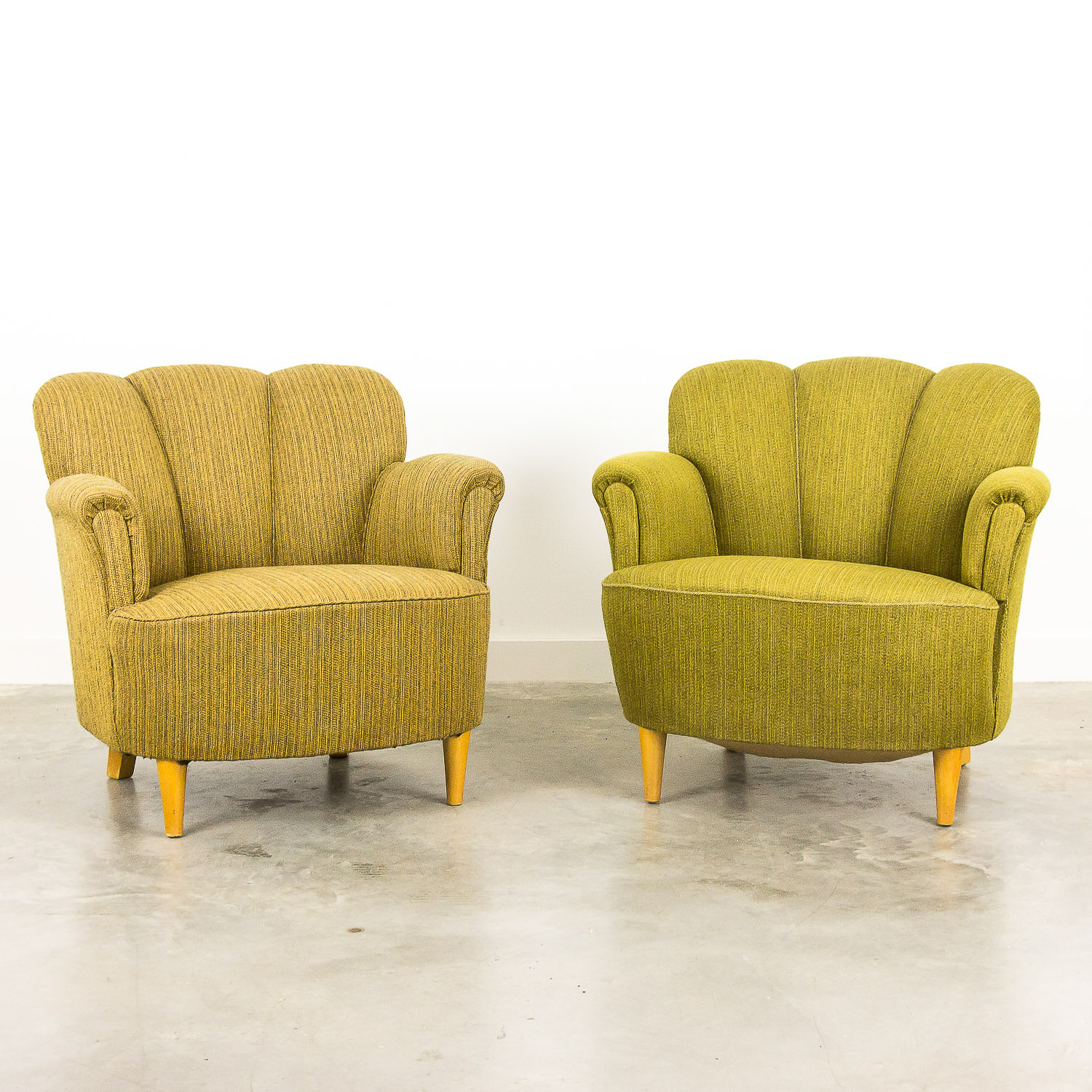 Set of 2 vintage shellback cocktail chairs