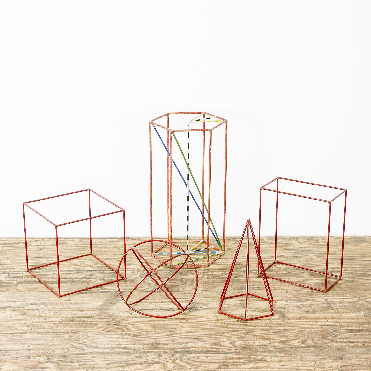 Set of 5 geometric models metal