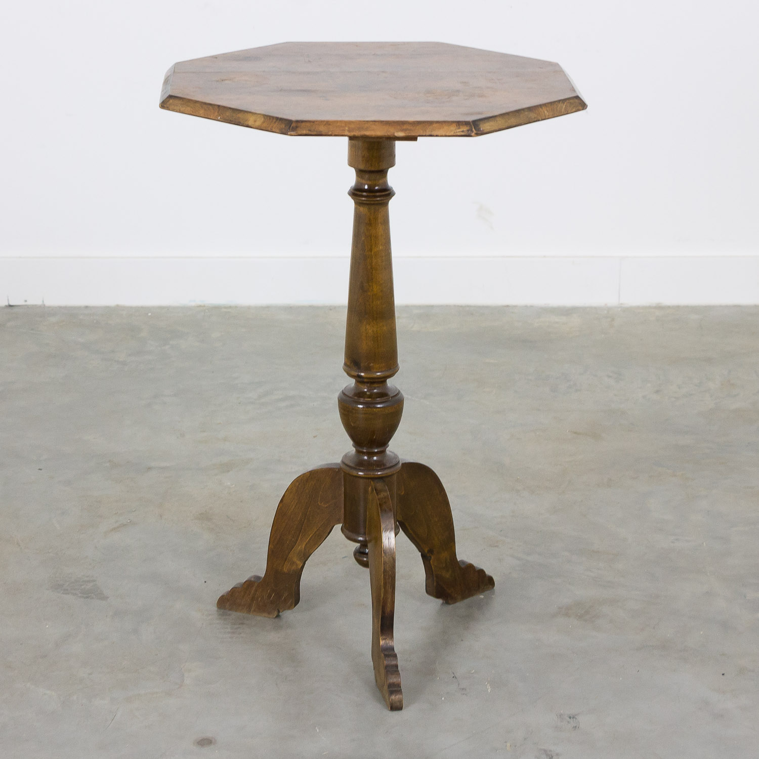 Swedish side table octagonal