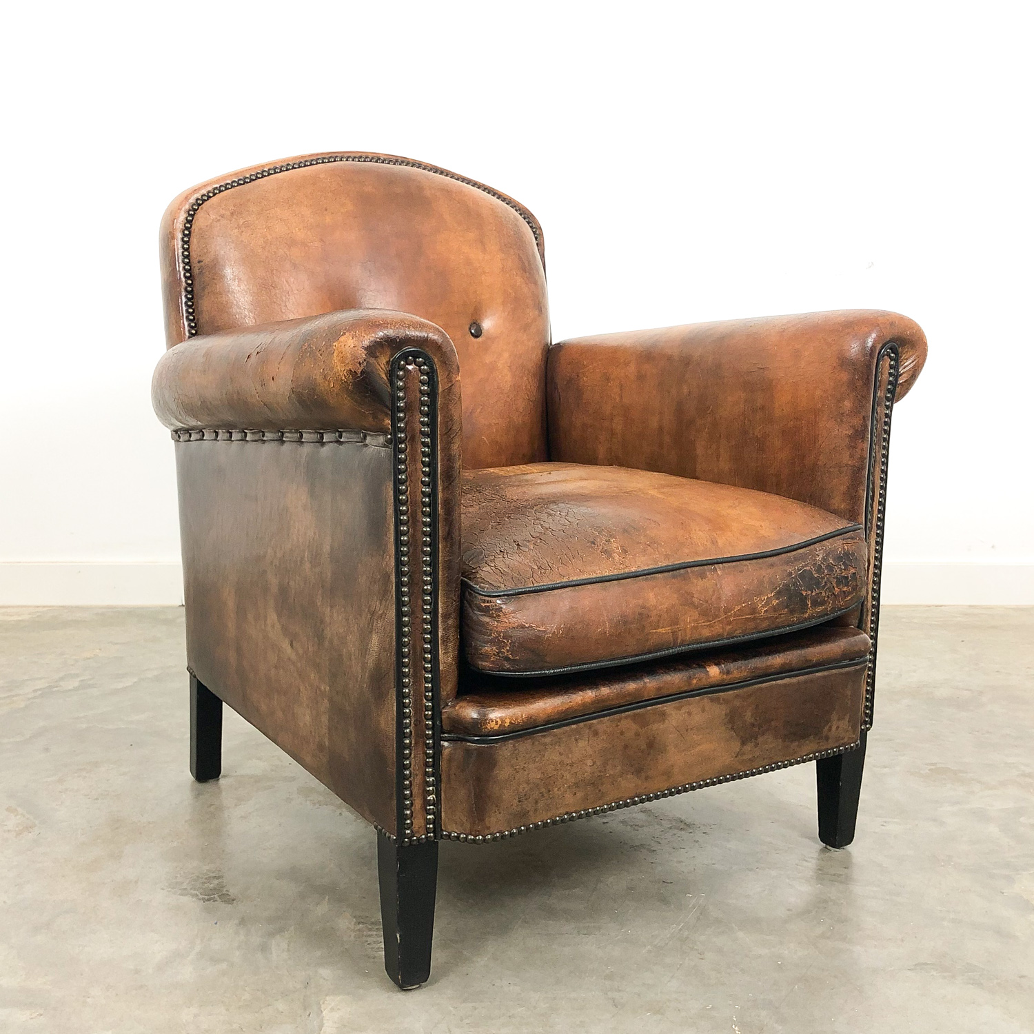 Vintage art deco sheep leather arm chair