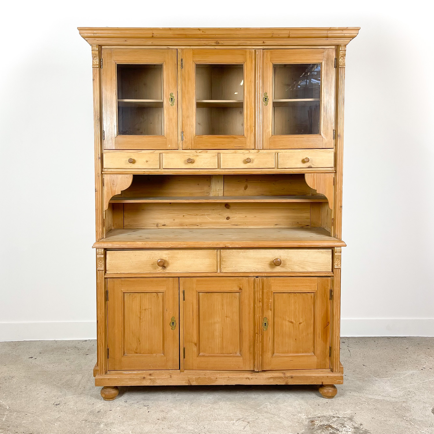 Pine wooden kitchen display cabinet