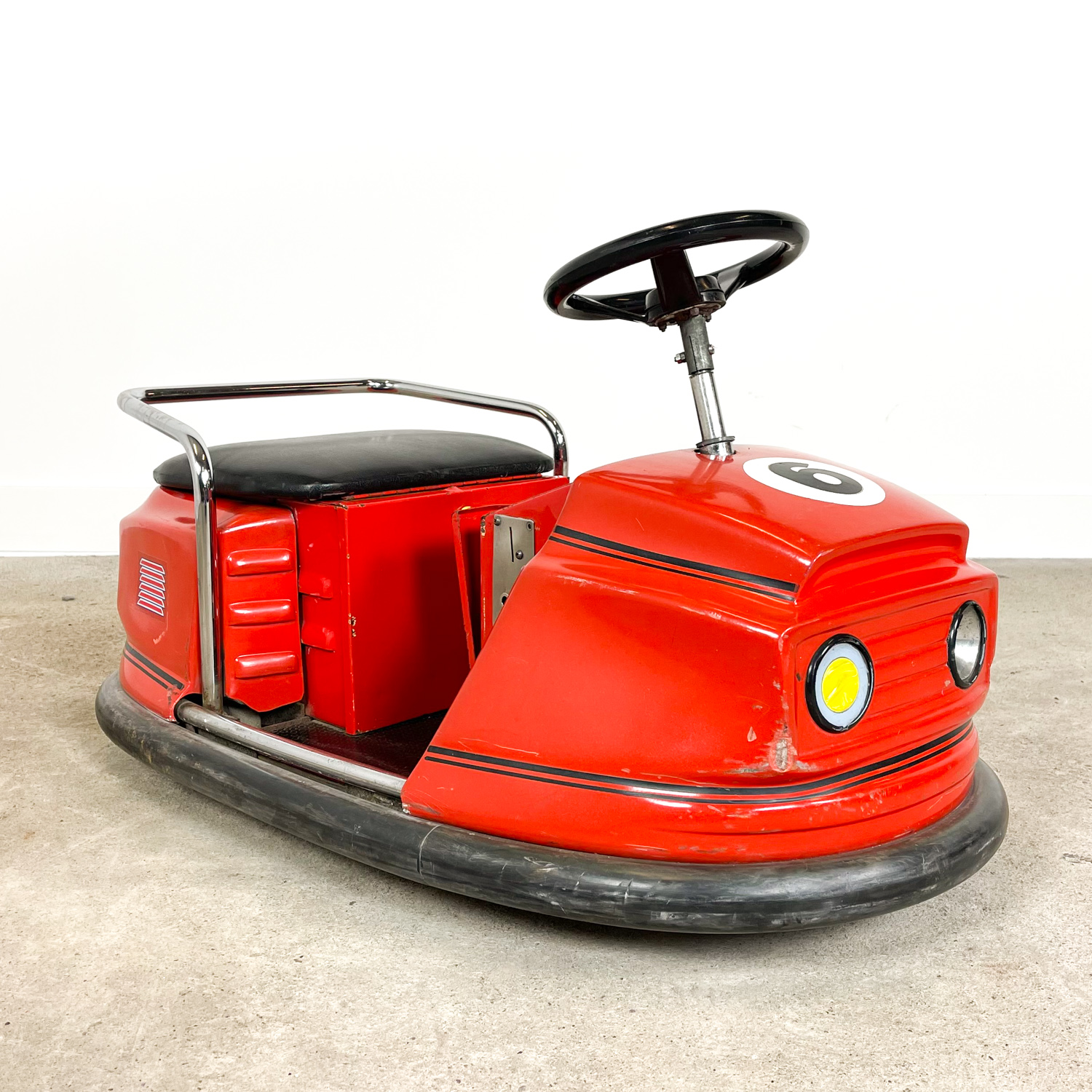 Small vintage electric  auto scooter bumper car red