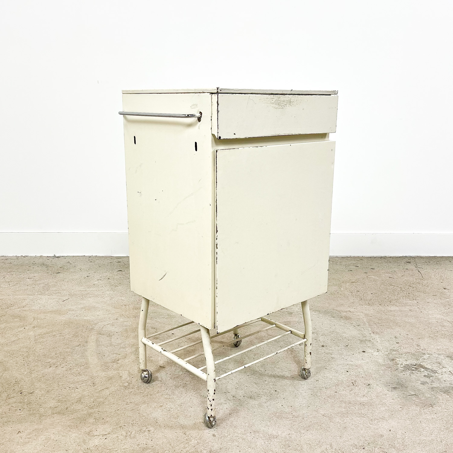 Vintage industrial metal bedside table cabinet E