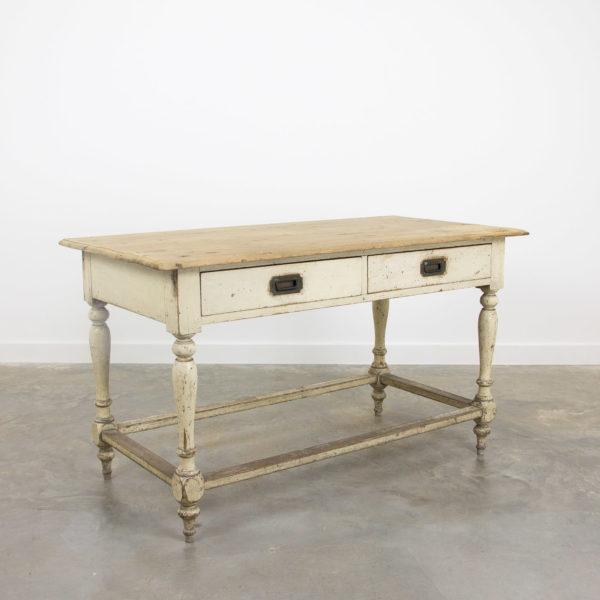 2764 Victorian kitchen table